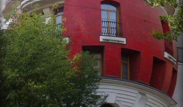 Будинок-яйце на вулиці Машкова