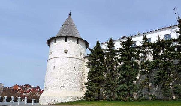 Південно-Східна кругла вежа Казанського кремля