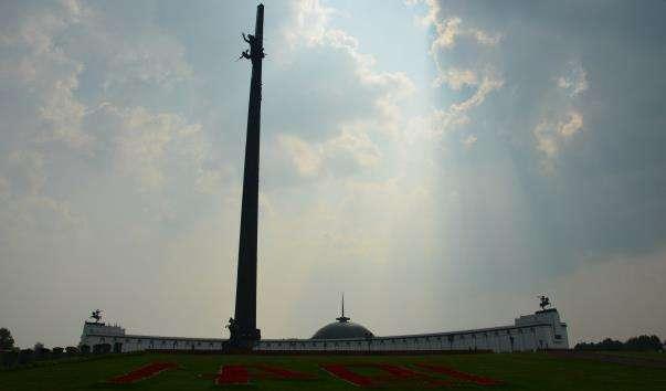 Монумент Перемоги на Поклонній горі