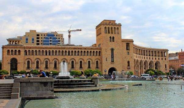 «Співаючі фонтани» Єревана
