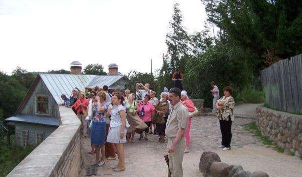 Оглядовий майданчик Псково-Печерського монастиря