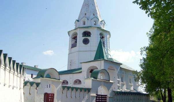 Дзвіниця Різдвяного собору Суздальського кремля