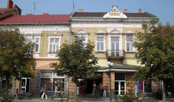 Площа Миру в Мукачеві
