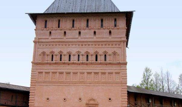 Проїзна башта Спасо-Евфимиевского монастиря