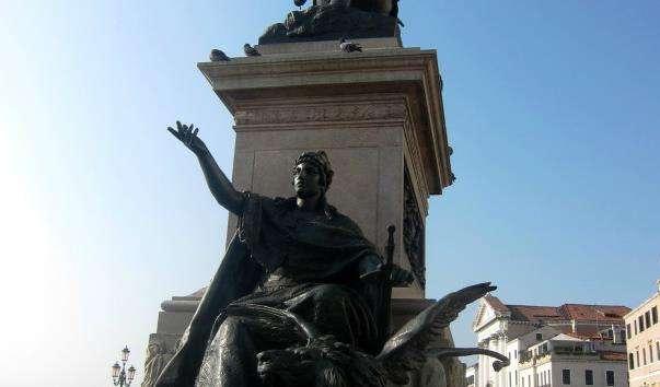 Памятник Бартоломео Коллеоні