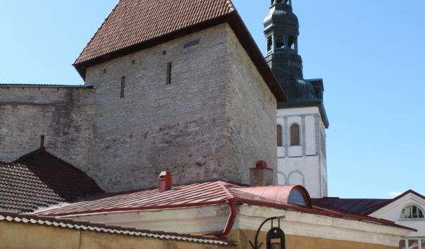 Дівоча вежа в Талліні