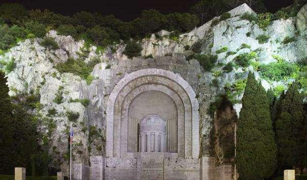 Монумент полеглим у 1914-1918 роках у Ніцці