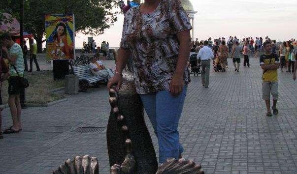 Памятник бичку-годувальнику