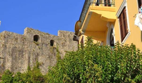 Морська фортеця Форте-Маре)