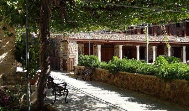 Монастир Святої Теклі