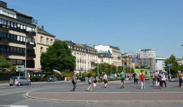 Площа Конституції, Люксембург