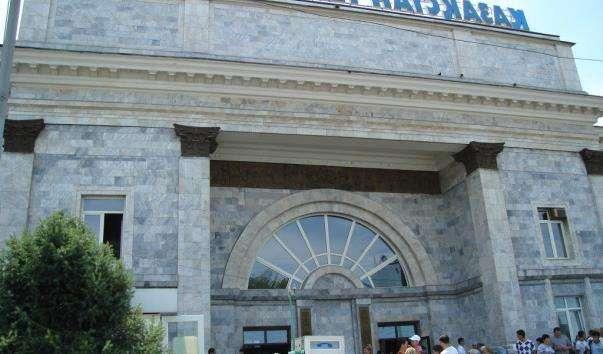 Залізничний вокзал міста Алмати