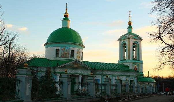 Храм живоначальної Трійці на Воробйових горах