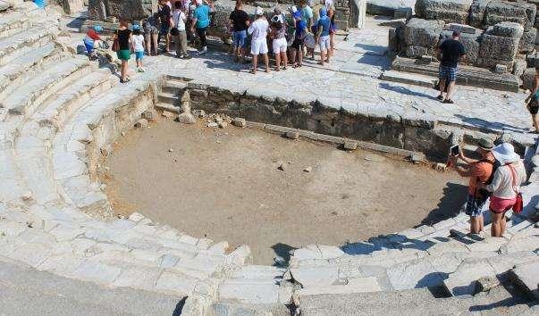 Вулиця портова Ефеса