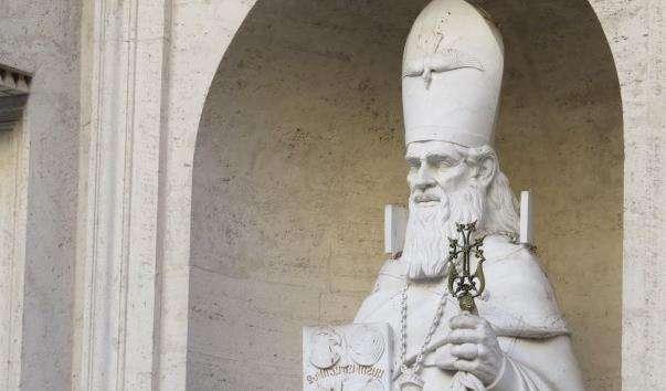 Статуя Григорія Просвітителя