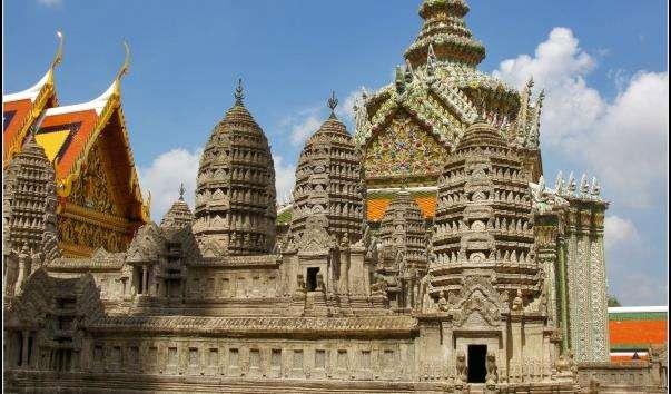 Храм Міні Ангкор-Ват