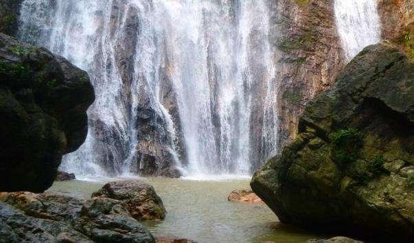 Водоспад Намуанг