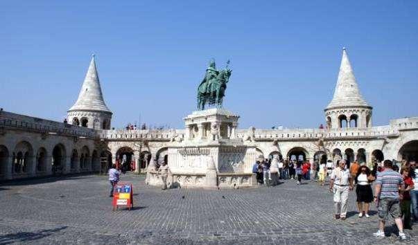 Площа Святої Трійці в Будапешті