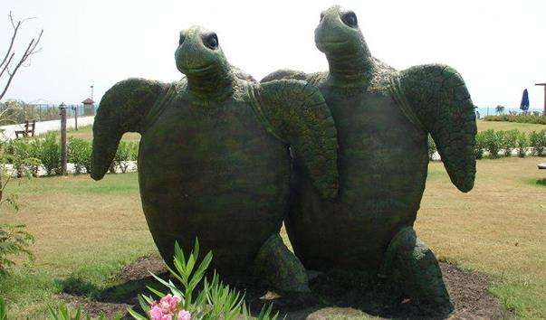 Скульптурна група «Черепахи»