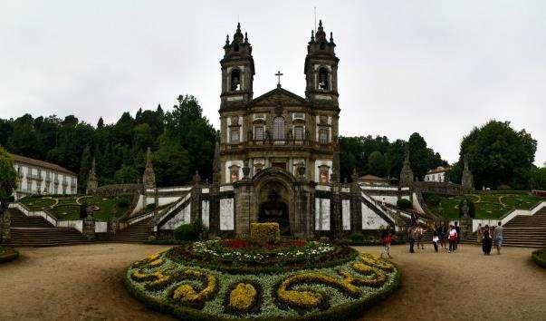 Святилище Бон-Жезуш-ду-Монті