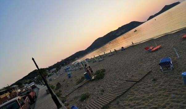 Пляж Агіос Георгіос