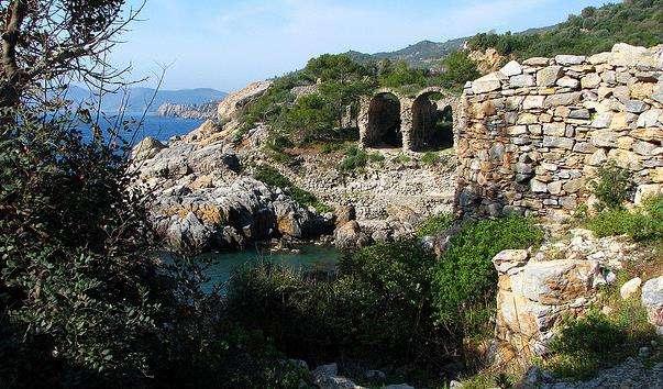 Стародавнє місто Айтап