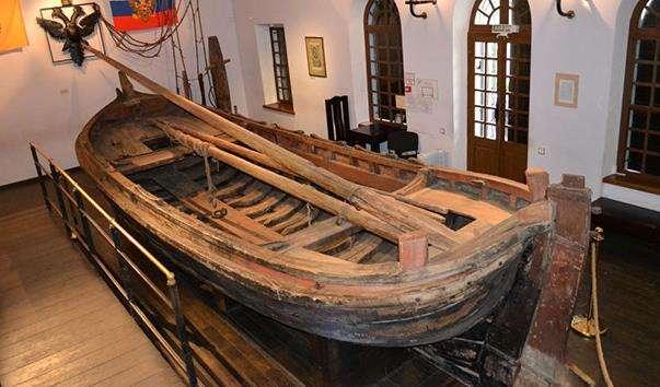 Музей-садиба «Ботик Петра I»