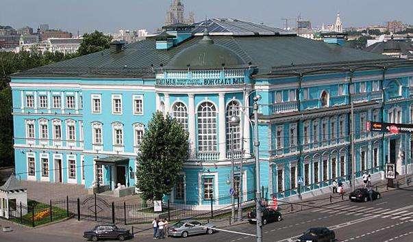 Галерея художника В. Глазунова