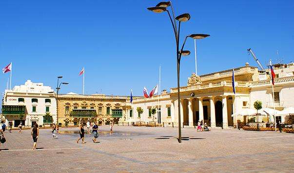 Палацова площа