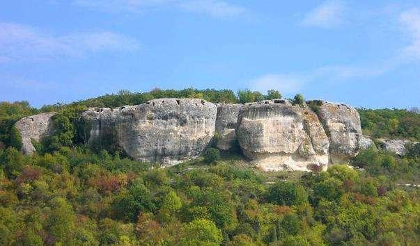 Печерне місто Мангуп