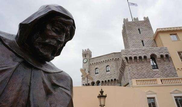 Памятник Франциску Грімальді
