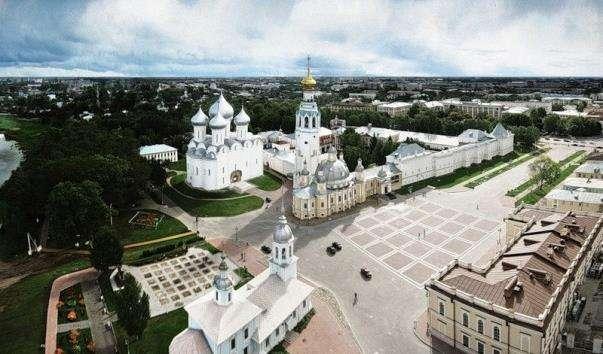 Кремлівська площа Вологда